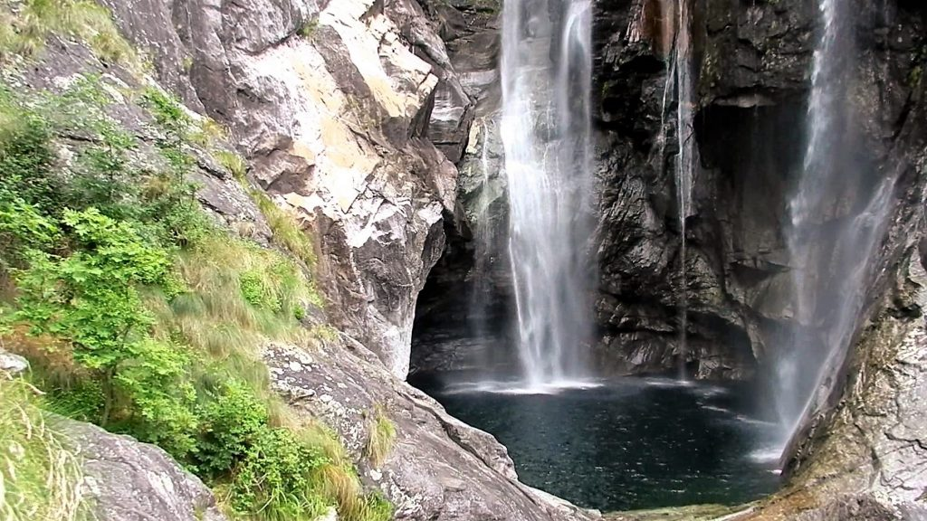 cascata valle maggia