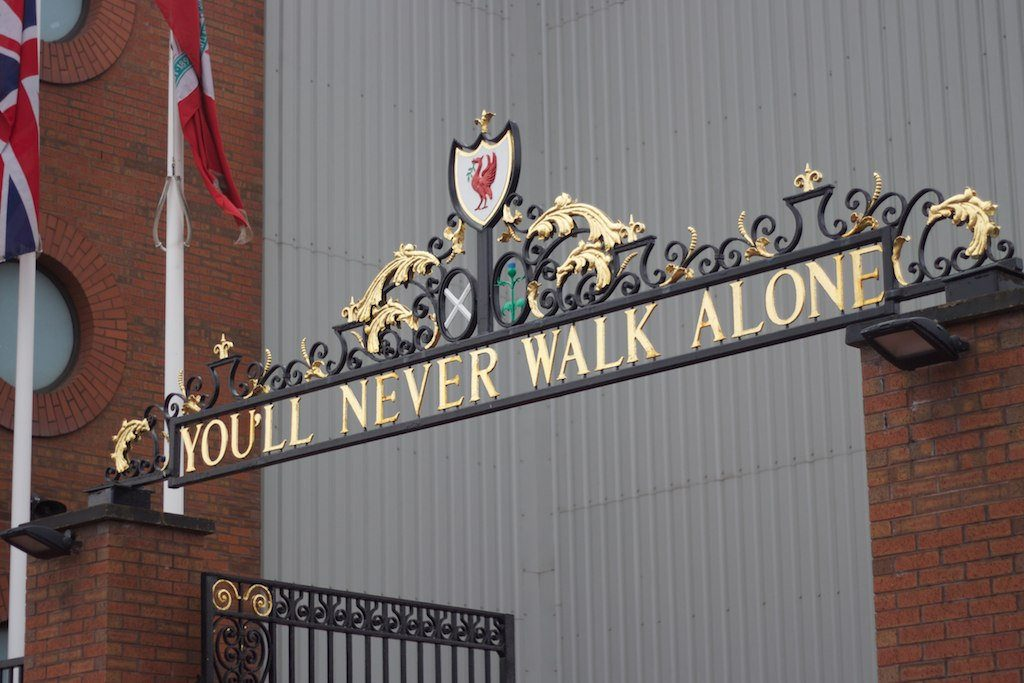 cancello anfield road liverpool