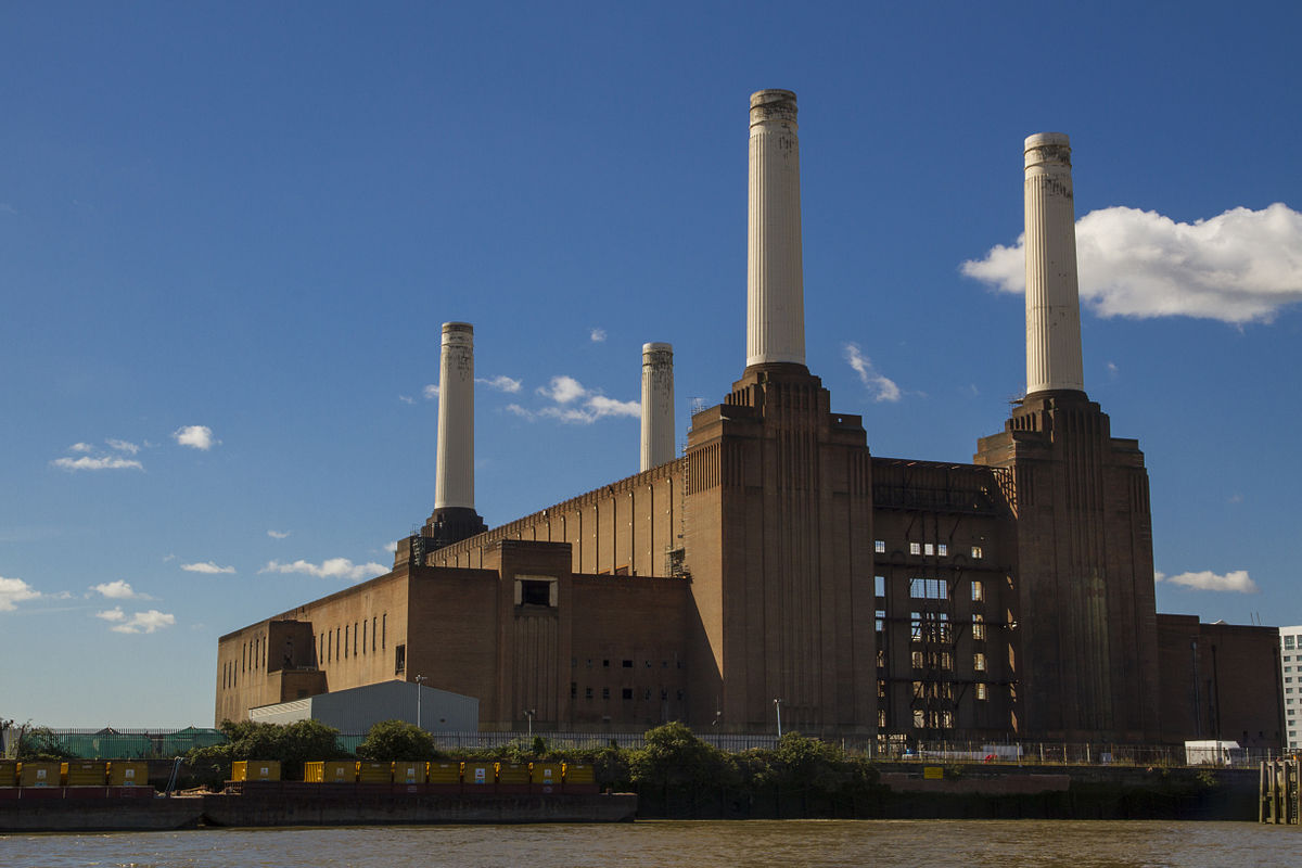 meraviglie inglesi la battersea power station di londra emotion recollected in tranquillity. Black Bedroom Furniture Sets. Home Design Ideas