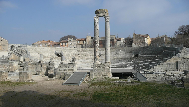 arles teatro antico