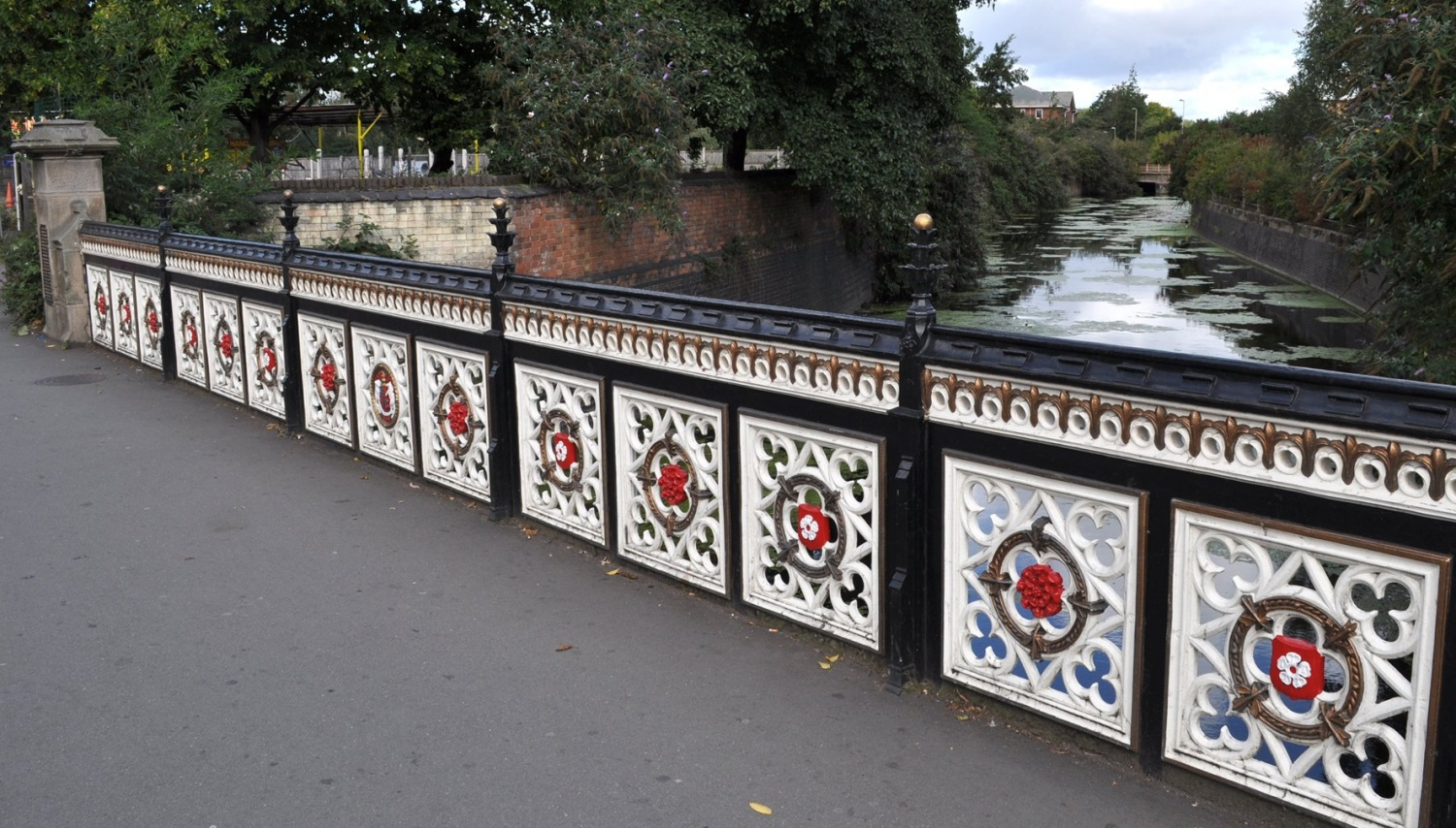 bow bridge leicester