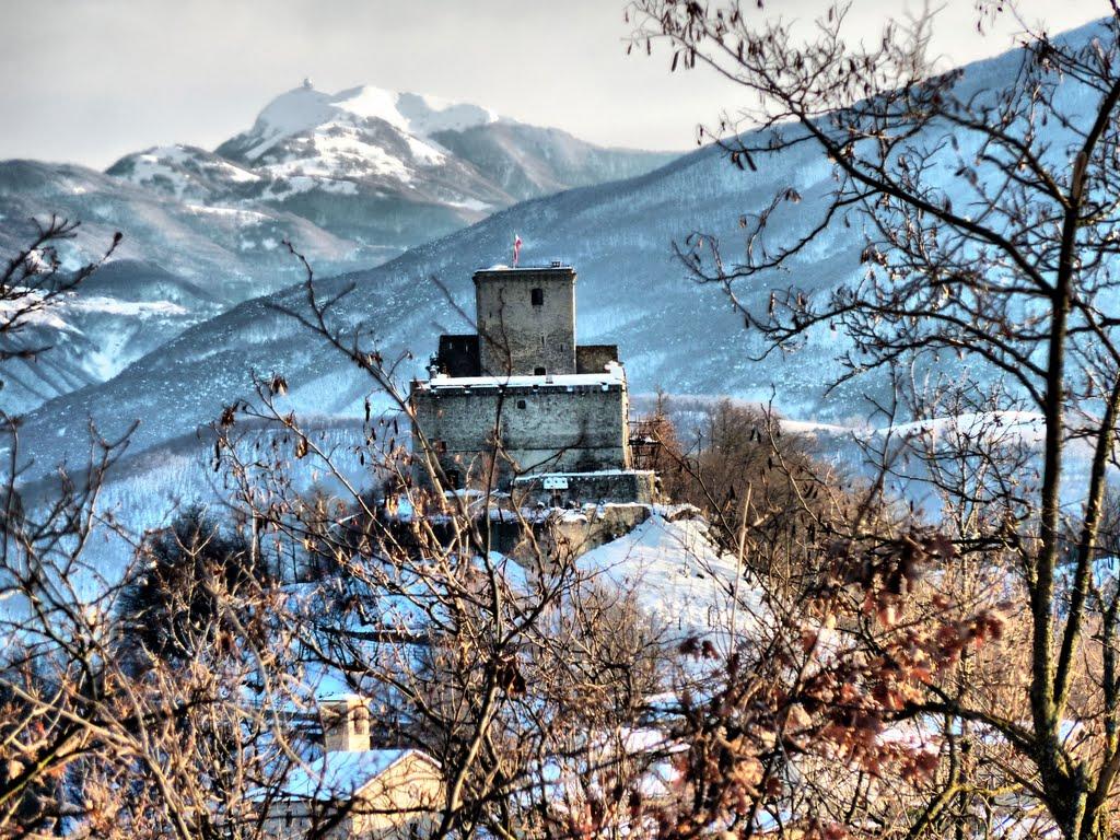 castello di oramala in inverno