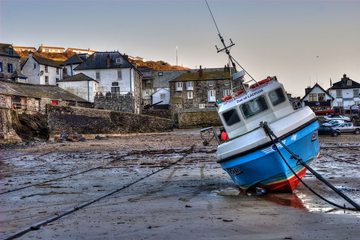 port-isaac-harbour-low-tide