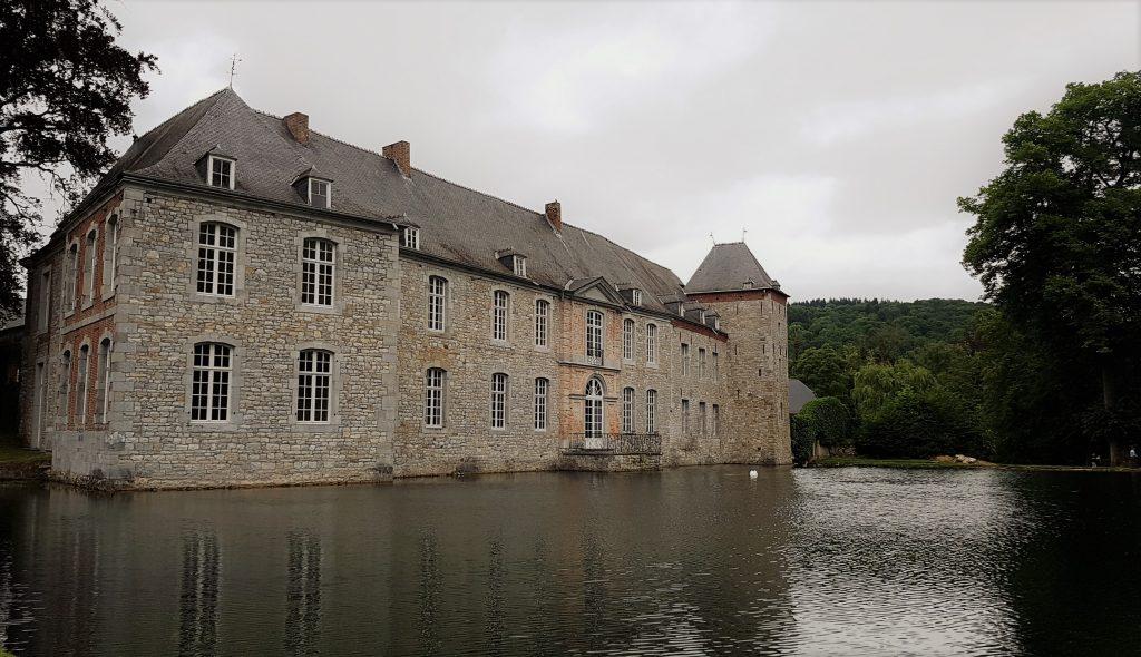 visitare il castello di annevoie