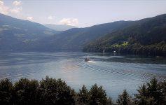Camminare sulle rive del Millstaettersee