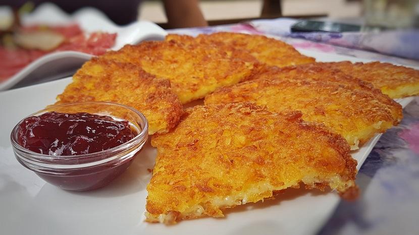 Tortel di patate con marmellata