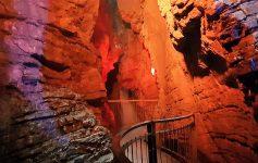 grotta inferiore cascata di varone