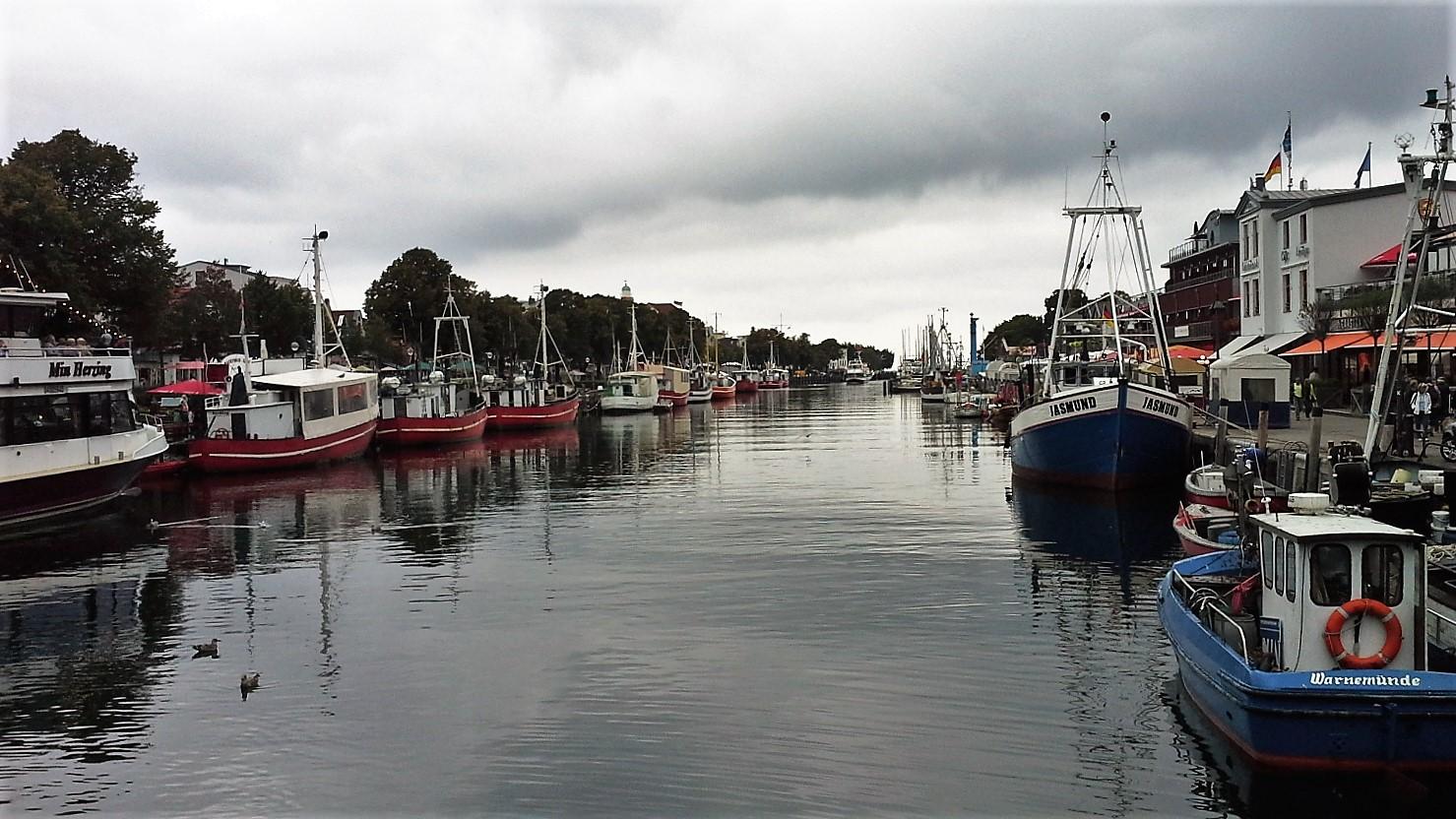 porto canale Warnemuende