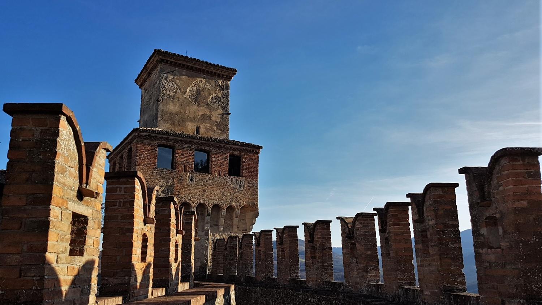 torre castello vigoleno