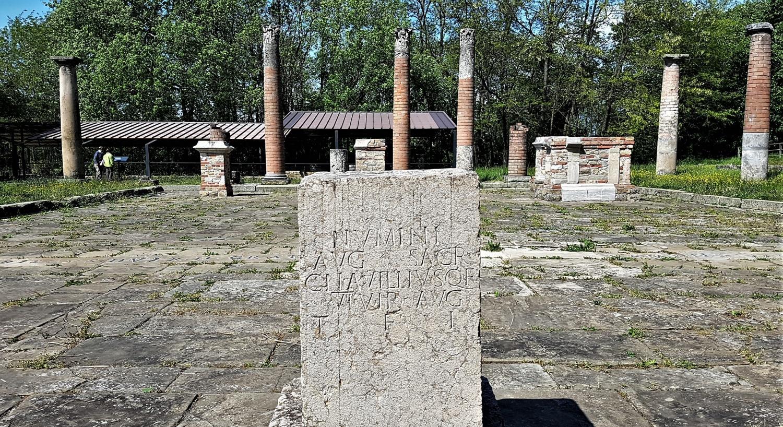 visitare città romana di veleia
