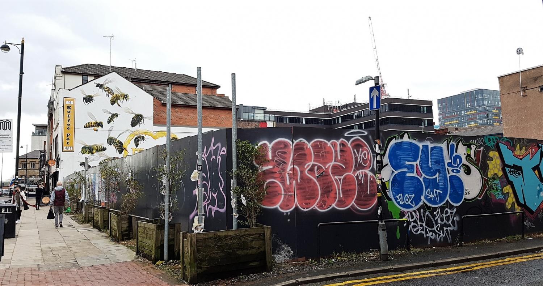 Graffiti Lever Street