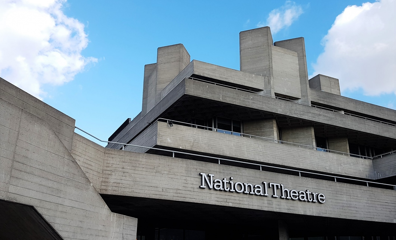 National Theatre Londra