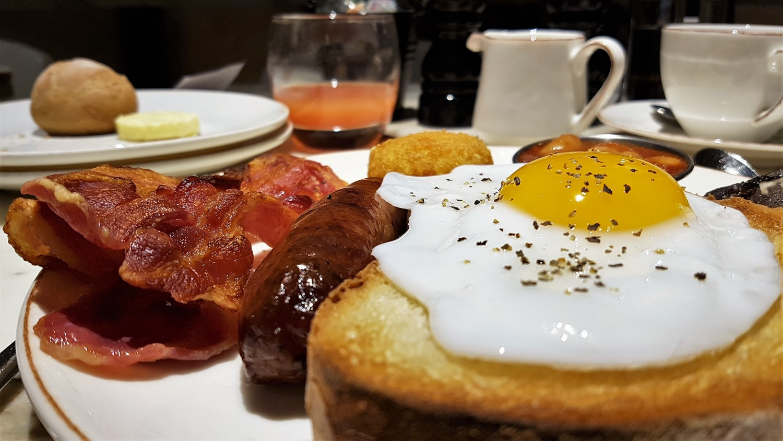 Tornare a letto dopo colazione design del - Colazione al letto ...