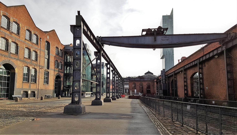 Esterno MOSI Manchester