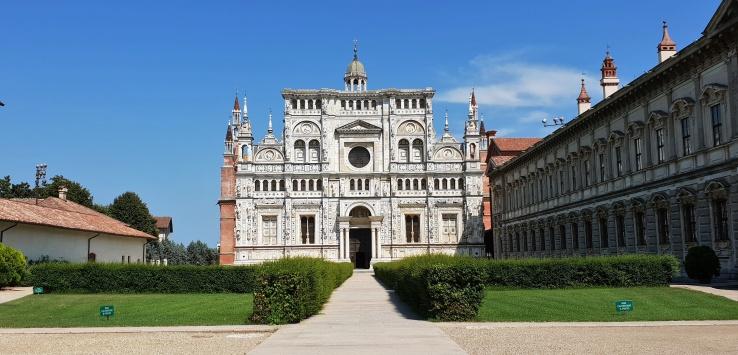 Lombardia visitare la Certosa di Pavia
