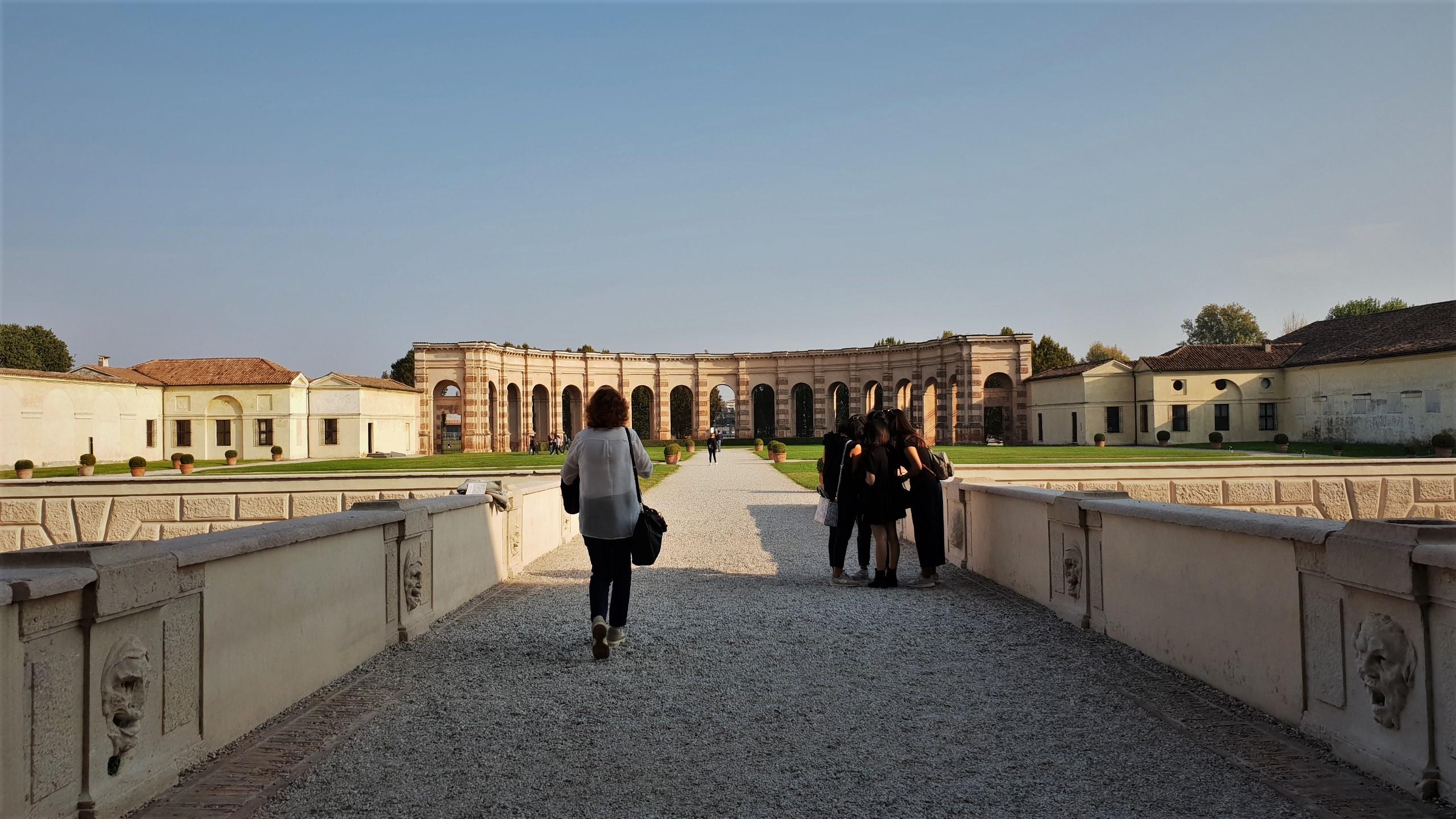 esterno palazzo Te