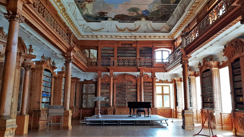 biblioteca Kloster Roggenburg