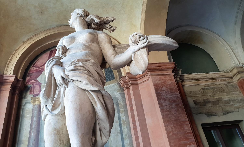 statua palazzo ducale