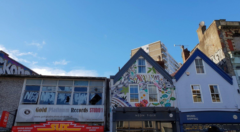 I murales di Bristol a Stokes Croft