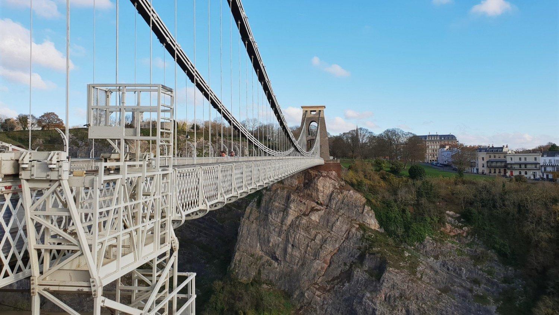 Camminare sul Clifton Bridge Bristol