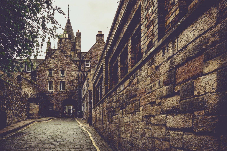 Dove si trova Edimburgo e come raggiungerla