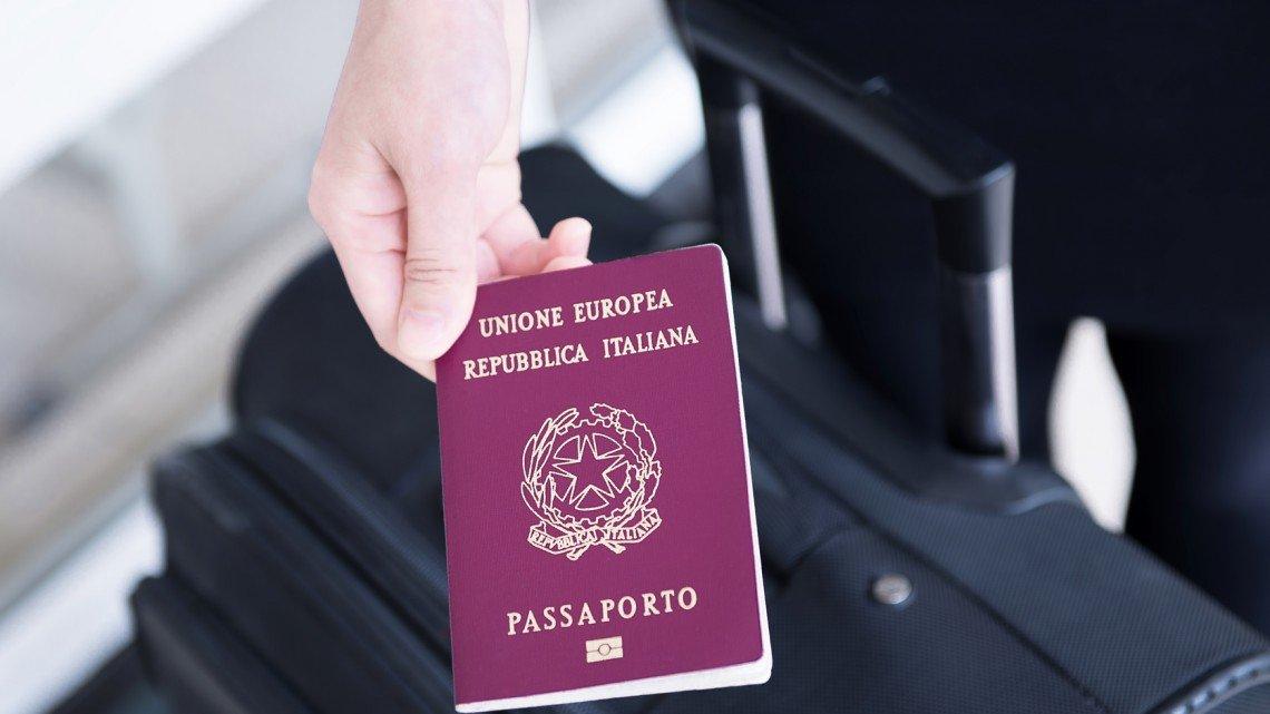 Usare il passaporto