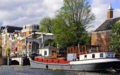 Viaggio con Houseboat