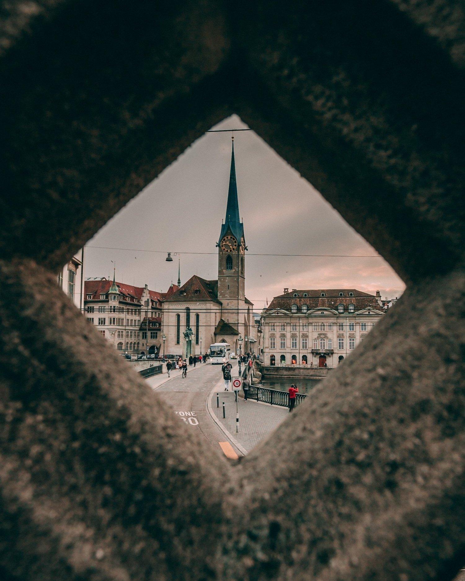 Dove si trova Zurigo