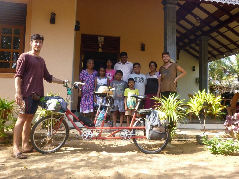 Francesco e Valentino in Sri Lanka
