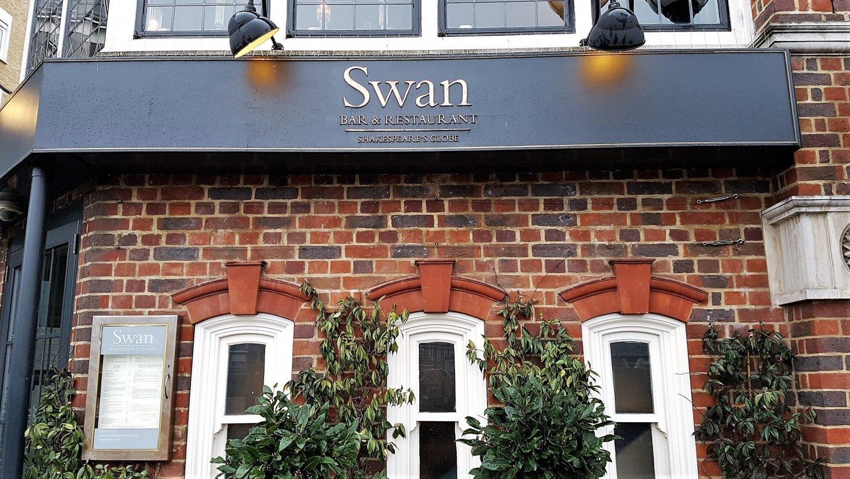 The swan at Globe