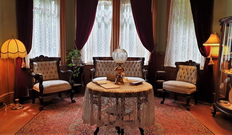 Living Room Roedde Museum