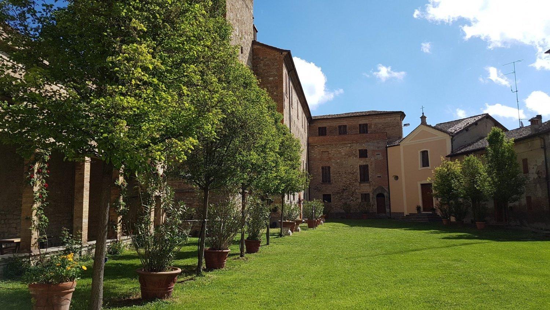 Chiesa di San Pietro Castello Montegibbio