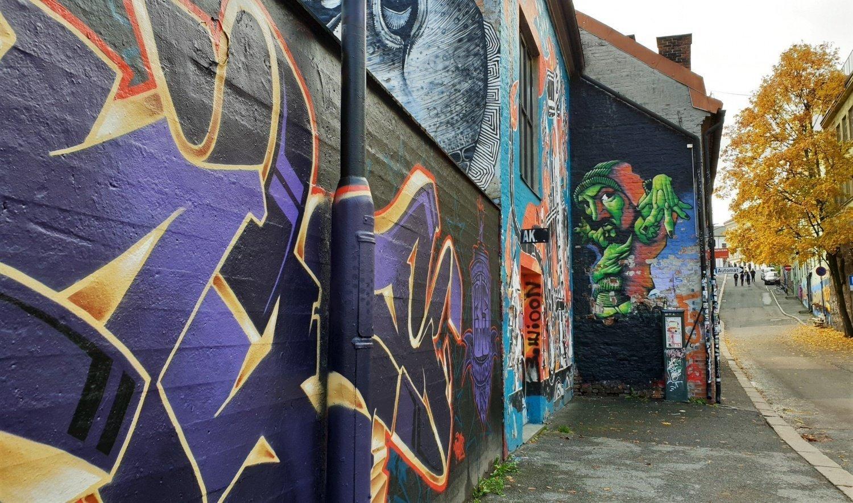 graffiti e autunno a oslo