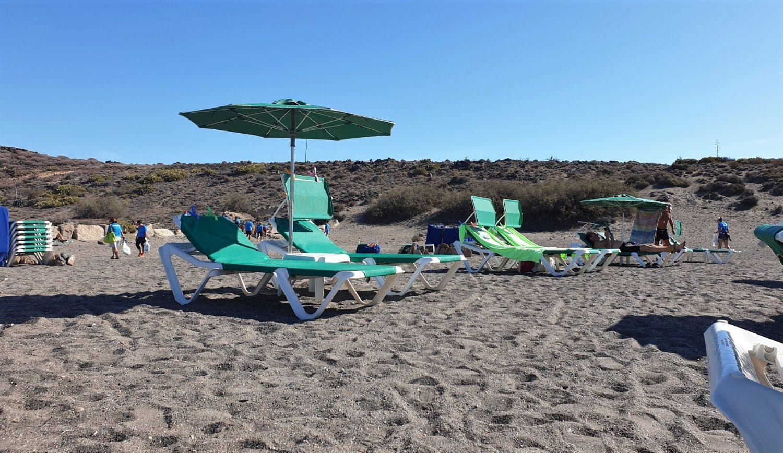 Ombrelloni e lettini spiaggia Abades
