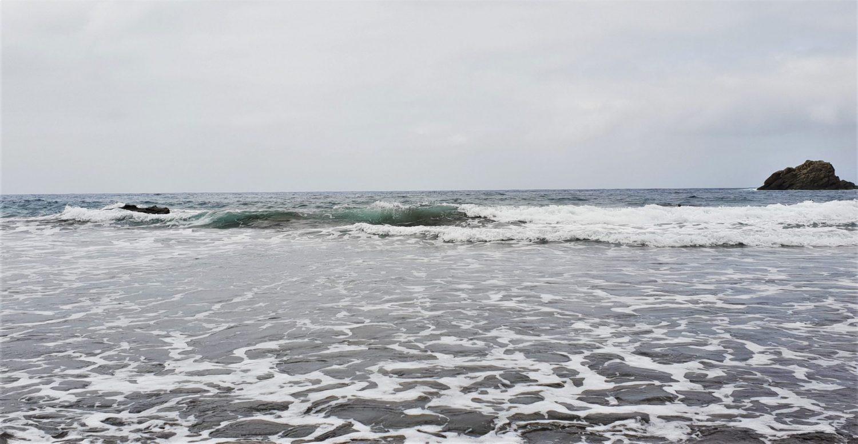 Dove si trova la Playa del Roque de las Bodegas