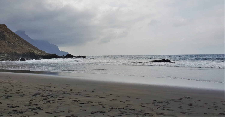 Fare il bagno alla Playa del Roque de las Bodegas
