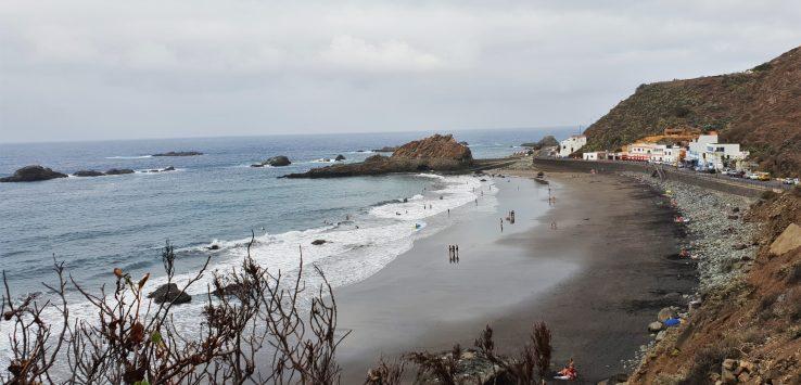 In spiaggia a Tenerife La Playa del Roque de la Bodegas