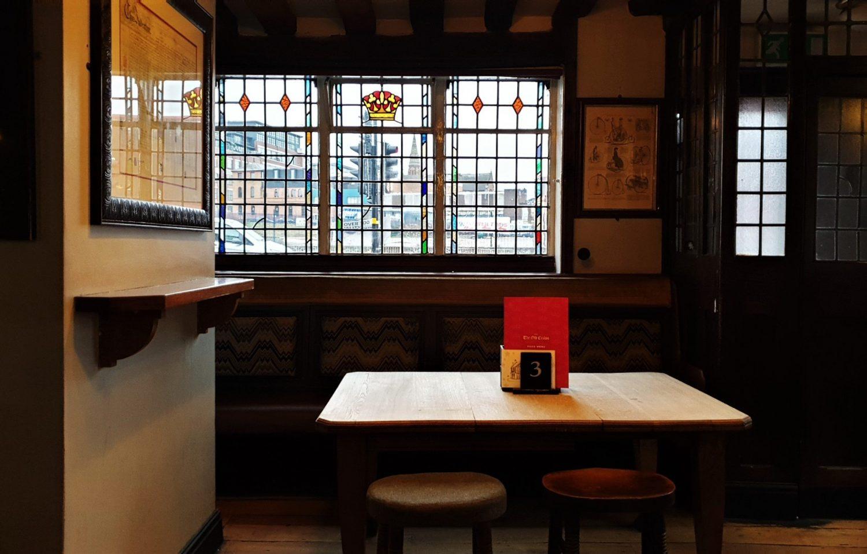 Mangiare e bere al The Old Crown di Birmingham
