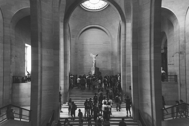 Il Louvre Parigi