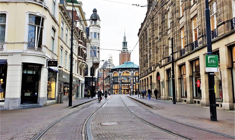 Dove si trova Den Haag e come raggiungerla