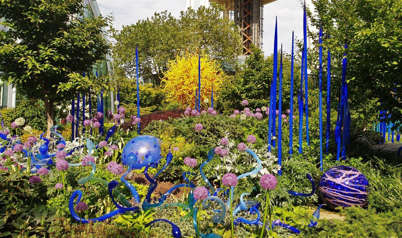 il giardino con i fiori di vetro