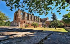 Cosa fare in Toscana Visitare l'Abbazia di San Galgano