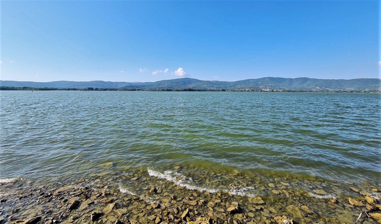 Il panorama sul lago