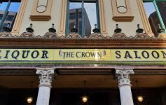 Pub di Belfast The Crown