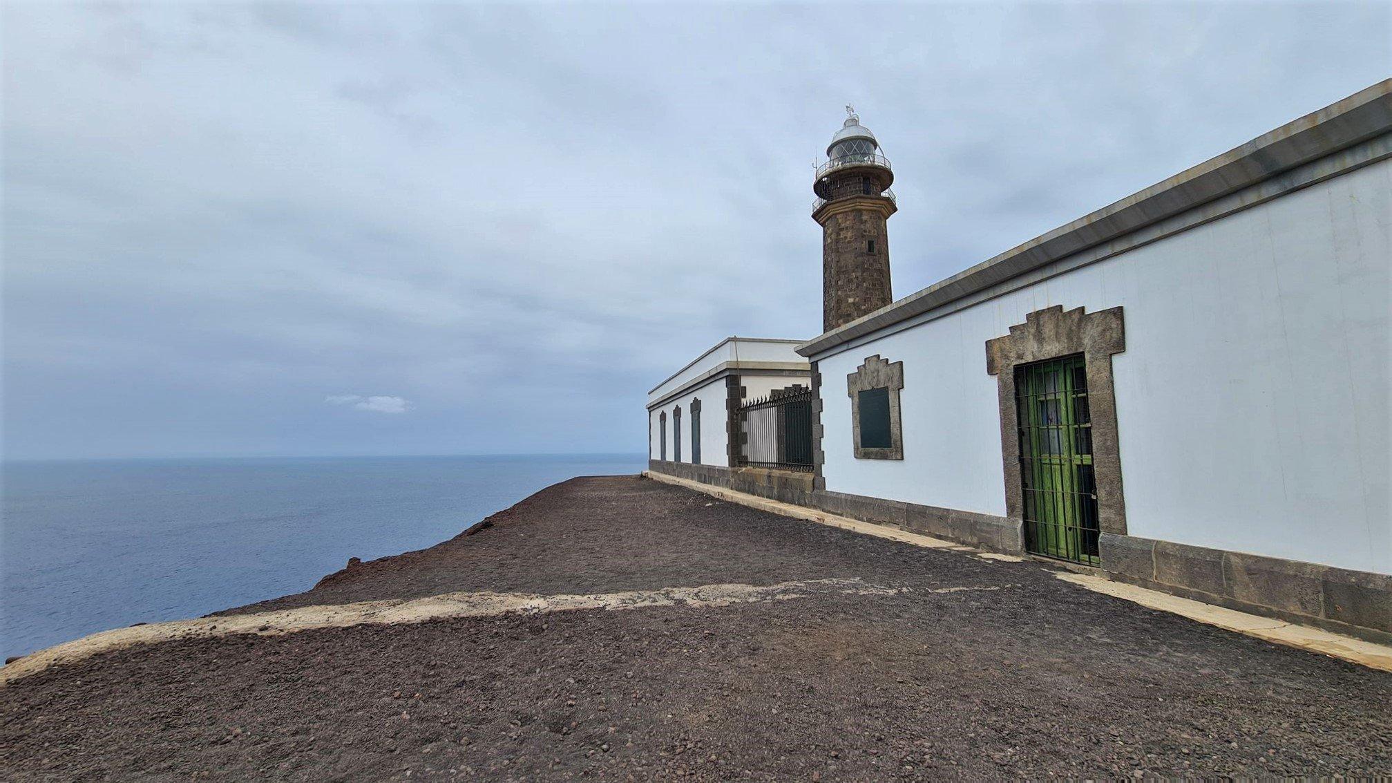 La bellezza e la storia del Faro di Punta de Orchilla