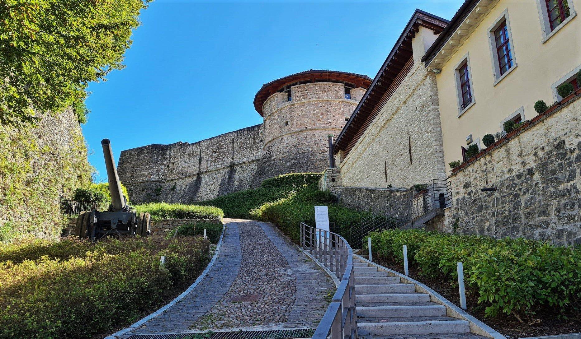 Dove si trova il museo della Guerra di Rovereto