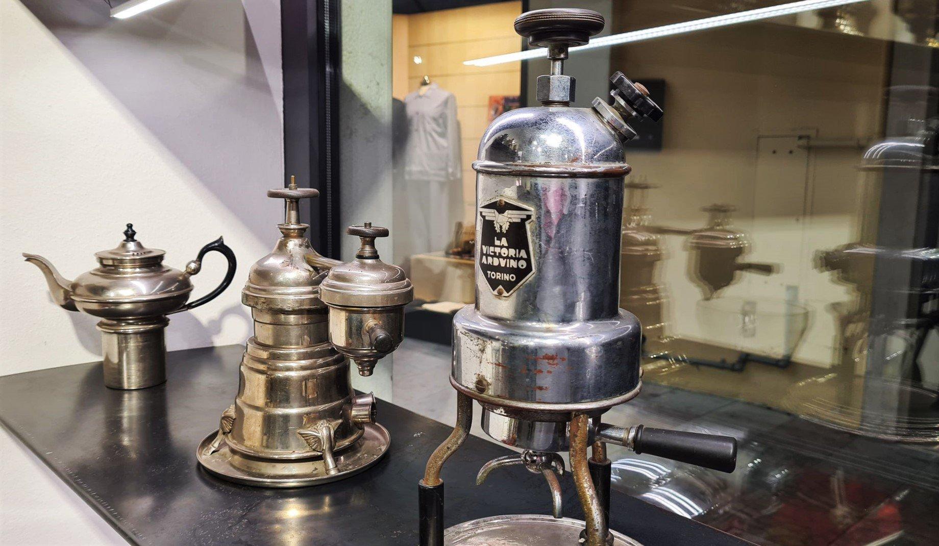 Fare il caffè attraverso i secoli