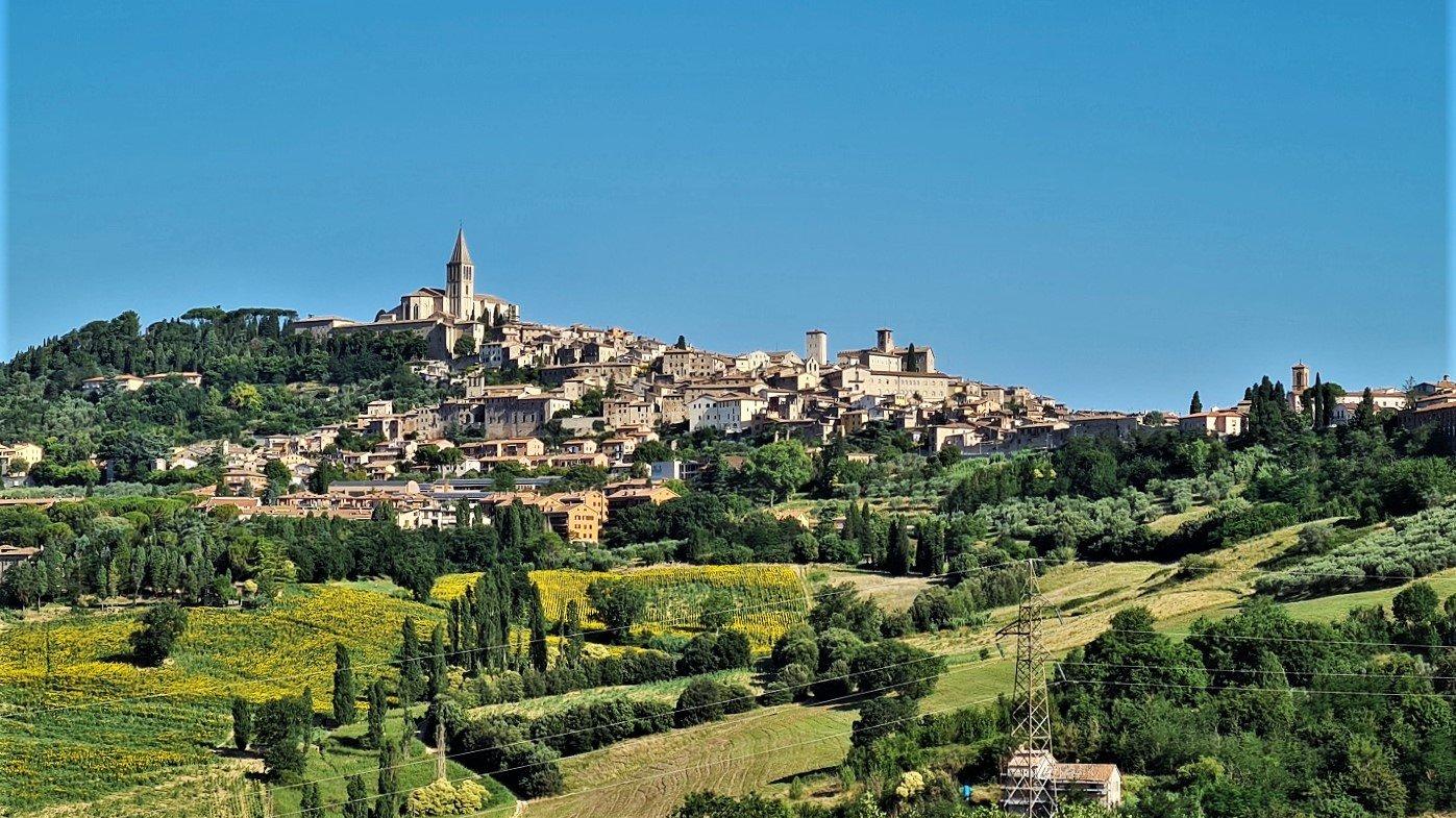 Viaggio in Umbria Visitare Todi