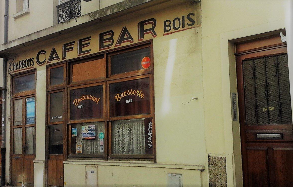 bar di plaisance