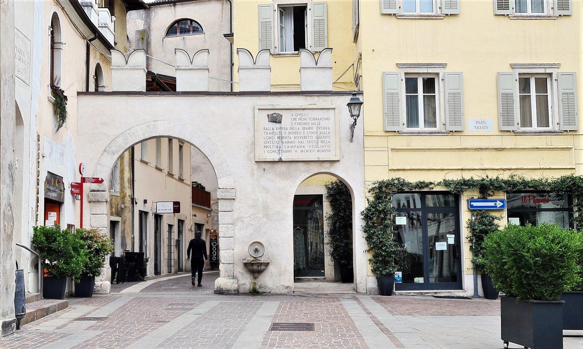 Piazza Malfatti Rovereto